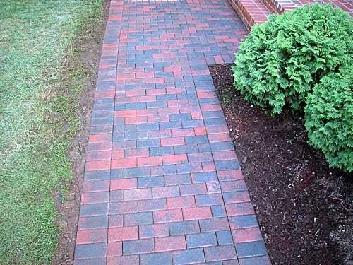 We did a nice basic walkway for our customer in AVON, CT