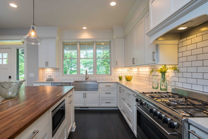 Kitchen & Custom Cabinet Design, Material & Fixture Selections