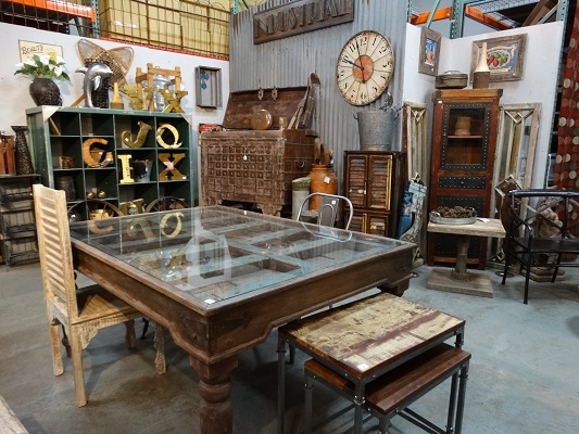Rare Finds Warehouse Showroom