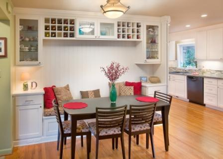 Built in banquette seating & wine storage