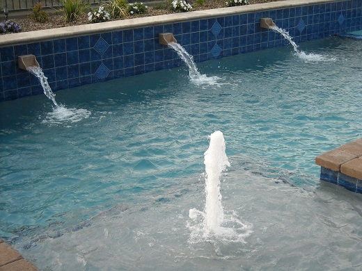 Dolphin Pool with water features and splash downs